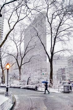 Madison Square in snow, NYC New York Snow, Nyc Snow, Christmas In The City, New York Christmas, City Aesthetic, Travel Aesthetic, Places To Travel, Places To Visit, Winter Photography