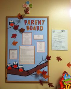 Fun three dimensional parent board for fall daycarerooms daycare organization pictures the top of the units hold coloring books and various resources i use Home Childcare, Home Daycare, Daycare Ideas, Daycare Decorations, Toddler Daycare Rooms, Daycare Spaces, Daycare Crafts, Fall Decorations, Childcare Decor