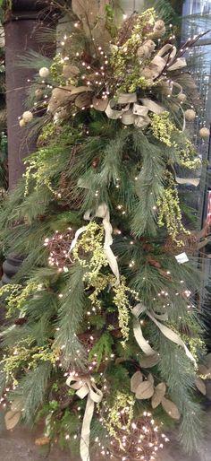 Wintergreen Decorated Tree / Jeffrey Alans