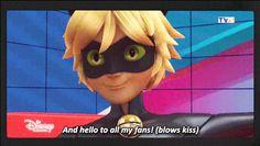 """Para los que no saben ingles dijo """"y hola a todas mis fans (abienta un beso)""""  Yo:*grito fangirl*"""