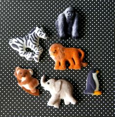 Zoo Animal Edible Sugar Decorations to Decorate Cupcakes and Cakes (12). $4.50, via Etsy.