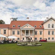 Hotel Vihula Manor Country Club & Spa tarjoaa romanttista  majoituksta historiallisissa kartanorakennuksissa Lahemaalla - vain tunnin ajomatkan päässä Tallinnasta. Vihula Manor Country Club & Spa on Baltian ensimmäinen kartanokylpylä. #hotelvihulamanorcounty #tallinna #eckeröline