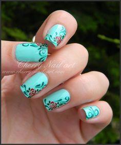 nail art roses stamping enas et arabesques peinture acrylique