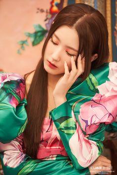 Kpop Girl Groups, Korean Girl Groups, Kpop Girls, Soyeon, Soo Jin, Cube Entertainment, K Idol, Jennie Blackpink, Extended Play