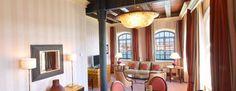 Situata nel cuore della torre originale del mulino, questa suite offre una vista spettacolare su Venezia. I suoi 67 mq comprendono una camera da letto confortevole e uno spazioso soggiorno separato