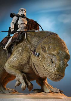 The Dewback finally gets his due! Alter Ego Comics is pleased to offer fans the Dewback, designed for Sideshow 12 inch figures. No Stormtrooper army is complete without at least one of these bad boys. Star Wars Figurines, Star Wars Toys, Star Wars Art, Star Trek, Sideshow Star Wars, Star Wars Episode Iv, Star Wars Action Figures, Star Wars Collection, Sideshow Collectibles