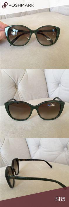 ☀️😎☀️ Fendi Sunglasses Used great condition. No case Fendi Accessories Glasses