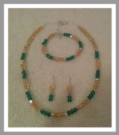 Green and Gold Set Diy Earrings, Beaded Necklace, Beaded Bracelets, Necklaces, Gold Set, Green And Gold, Jewelry Sets, Bling, Bracelets