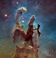 Hubble Teleskobu Ne Çekti: Yaratılış Sütunları'ndan Macellan Bulutu'na... – Evrim Ağacı