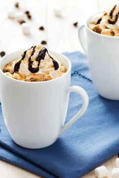 INGREDIENTS BY SAPUTO | Even if s'mores are usually made by the fire, this sweet ultimate s'mores caramel mocha hot coffee recipe idea will bring you right back to those summer nights. Add some marshmallows and it's ready to enjoy!