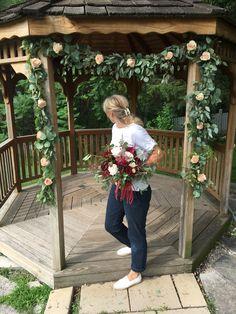 Blooms Florist, Garland, Our Wedding, Weddings, Fashion, Moda, Fashion Styles, Fasion, Mariage