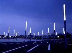 Hollow Light Guides, a new modern design of lighting from Se'lux Australia Dynamic Architecture, Light Architecture, Landscape Architecture, Park Lighting, Outdoor Lighting, External Lighting, Landscape Elements, Bali, Building Exterior