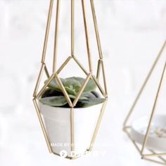 DIY a Himmeli Hanging Decor with This Hardware Store Find 8 Mini Tube Cutter You can use your himmeli for almost anything as a hanging planter to dangle jewelry or you ca. Hanging Light Fixtures, Hanging Lights, Hanging Decorations, Diy Hacks, Do It Yourself Baby, Creation Deco, Ideias Diy, Diy Chandelier, Diy Home Crafts