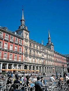 Plaza Mayor, las terrazas. Madrid España