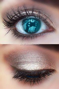 silver eye but blue!