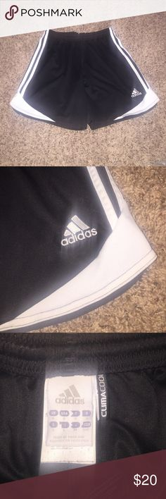 *MUST GO TODAY* Adidas black/white shorts! These adidas black/white basketball shorts are in excellent condition! The only issue is on the back right side the words climacool are coming off, but you can pull them off the rest of the way and it would be like they were never there. These are super comfy and are made of very breathable fabric! Asking $18/OBO! Feel free to ask me questions or make offers! adidas Shorts
