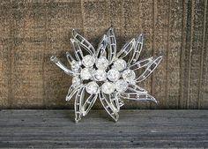 """Vintage Silver Rhinestone Leaf Flower Holiday Brooch 2"""""""