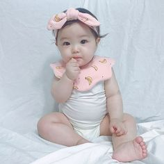 Cute Asian Babies, Cute Twins, Korean Babies, Asian Kids, Cute Babies, Twin Baby Girls, Twin Babies, Kids Girls, Baby Kids