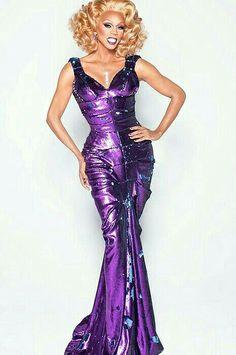 RuPaul Drag Queen Race, Rupaul Drag Queen, Cabaret, Drag Queen Outfits, Best Drag Queens, Lgbt, Queen Fashion, Beautiful Gowns, Purple Dress
