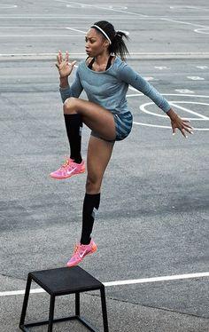 Allyson Felix trains fierce in Nike Dri-FIT Knit. how to lose weight Usain Bolt, Nike Outfits, Sport Fashion, Fitness Fashion, Yoga, Crossfit, Foto Sport, Jessica Simpson Daisy Duke, Allyson Felix