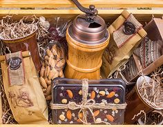 """Check out new work on my @Behance portfolio: """"REGALOS - Business Gifts"""" http://on.be.net/1TpyTr0"""