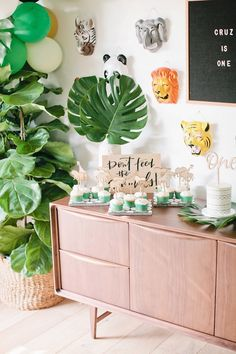 Sweet table detail from a Jungle 1st Birthday Party on Kara's Party Ideas | KarasPartyIdeas.com (11)