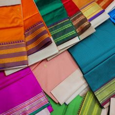 Beautiful Sari Markets in Mumbai, India