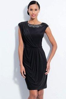 Sheath/Column Jewel Knee-length Chiffon Mother of the Bride Dress