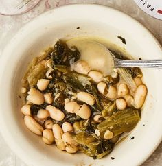 This makes an extra quart of cooked beans. Save (or freeze) for another batch of escarole, or serve them simply warmed in their broth. This recipe is from Palizzi Social Club in Philadelphia, PA. White Bean Soup, White Beans, Stew Chicken Recipe, Dried Beans, Beans Beans, Cook Beans, Bean Recipes, Vegetarian Recipes, Lunch Recipes