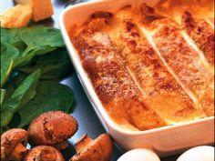 Crêpes är bra mat då de kan förberedas och även frysas. Kalla crêpes gratineras i 225° ca 15 minuter.