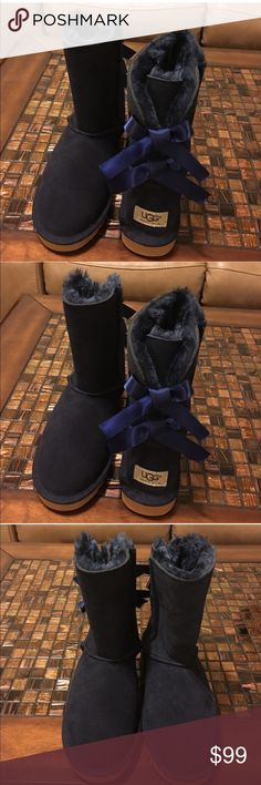 UGG Bailey bow ll boot UGG Bailey bow || boot size 6 NAVY UGG Shoes Ankle Boots & Booties
