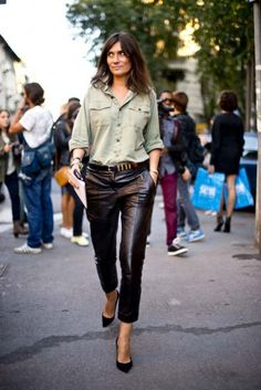 la-modella-mafia-Emmanuelle-Alt-street-style-chic-in-leather-trousers-and-pumps