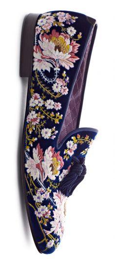 Tom Ford / Mistress Annalisa Velvet Slippers, Mens Slippers, Men S Shoes, Your Shoes, Timothy Green, Fashion Shoes, Mens Fashion, Mens Attire, Loafer Shoes