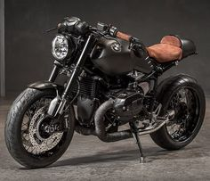 BMW RnineT customisée par BMW Moto Ride Toulouse. Laurent Barranco #bmwmotorrad…