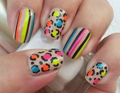 Colorful leopard nails