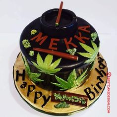 50 Most Beautiful looking Weed Cake Design that you can make or get it made on the coming birthday. Weed Birthday Cake, Birthday Cake For Him, Funny Birthday Cakes, Birthday Cakes For Men, Themed Birthday Cakes, Themed Cakes, Cake Designs Images, Cool Cake Designs, Bob Marley Cakes
