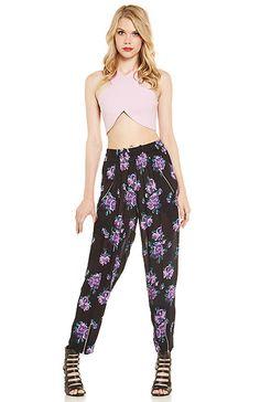 Somedays Lovin Ladyland Floral Pants in Black XS - M | DAILYLOOK