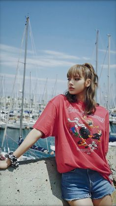 Lisa Bp, Jennie Lisa, Blackpink Fashion, Korean Fashion, Fashion Outfits, K Pop, Lisa Blackpink Wallpaper, Black Pink Kpop, Blackpink Photos