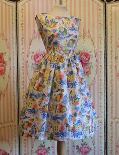 1950s Novelty Print Dress / Houses Picket Fences Fashionable Ladies / Full Skirt / L Large / 30 31 Waist on Etsy, $129.87