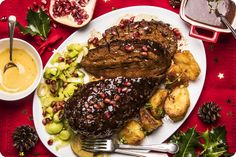 This was amazing, a very chewy and meaty roast. I will return to this recipe even though there's lots of ingredients. Festive Baked 'Gammon' with Pomegranate Glaze – Plant Based Magazine Baked Gammon, Gammon Recipes, Sushi Burger, Tofu Steak, Teriyaki Tofu, Meat Substitutes, Seitan, Daily Meals, Pomegranate