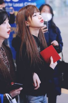 ً#blackpink #jisoo #lisa