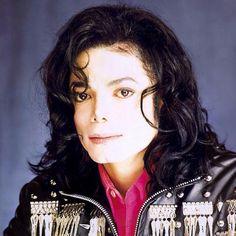 Awww he is so cute 😍😘