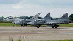 Royal Air Force Eurofighter Typhoon FGR4 ZJ946-EB-A & Swedish Air Force (Flygvapnet) SAAB JAS39C 39274-274 & 39257-257 - RAF Coningsby