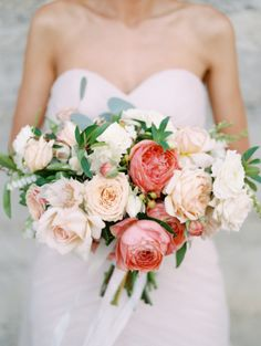 Coral and Peach Wedding Bouquet | photography by http://kateanfinson.com/