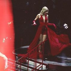 Taylor Swift Red Tour, Taylor Swift Album, Red Taylor, Taylor Alison Swift, Live Taylor, Nashville, Loving Him Was Red, Swift 3, Youre My Person