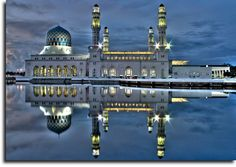 The Kota Kinabalu City Mosque is the second main mosque in Kota Kinabalu, Sabah, Malaysia after State Mosque. It was officially opened on 2 February 2000 following a proclamation of Kota Kinabalu as city status.The mosque is surrounded by reflecting pools - or lagoon - so as to appear as though it is floating in the water. The mosque can accommodate 10,000-12,000 worshippers at one time.