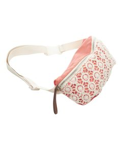 If ya gotta have a fanny pack I would want this one.