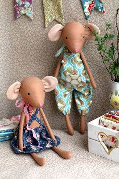 Welcome to my toy store. Tilda's mice, this is a new collection of Tilda, very cute and gentle. Made from original Tiltda fabric with antiallergic silicone ball Doll Toys, Baby Dolls, Lego Duplo, Tilda Toy, Little Pet Shop Toys, Handmade Stuffed Animals, Fabric Animals, Fabric Toys, Bunny Toys