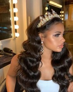 hairstyles with veil Pixie Wedding Hair, Curly Wedding Hair, Long Hair Wedding Styles, Vintage Wedding Hair, Wedding Hair Down, Black Brides Hairstyles, African Wedding Hairstyles, Wedding Hairstyles For Girls, Down Hairstyles