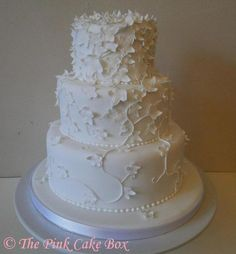 Ivy wedding cake - but green ivy instead of white